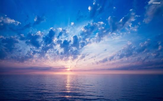 sunrise-over-the-ocean-518-2560x1600